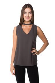 Sleeveless Choker V-neck Blouse