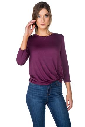 3/4 Sleeve Scoopneck with Knotted Hem