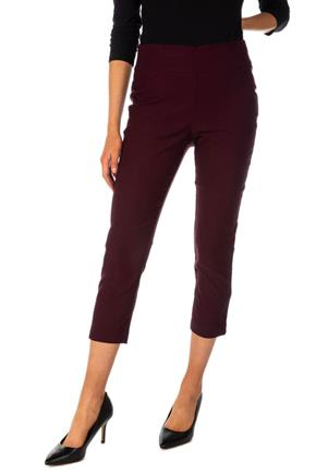 Free Movement Pull-On Cropped Pant