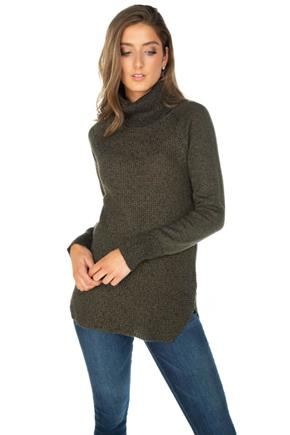 Knitted Long Sleeve Turtleneck Sweater with Angled Hem