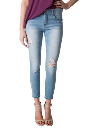 YMI Wannabettabutt Light Wash Mid-Rise Ripped Jegging